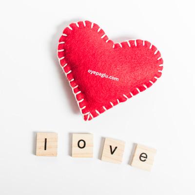 Red heart love dp